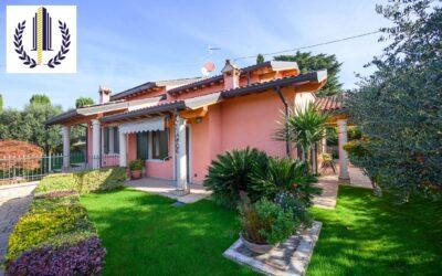 Montericco di Negrar, villetta in residence con piscina